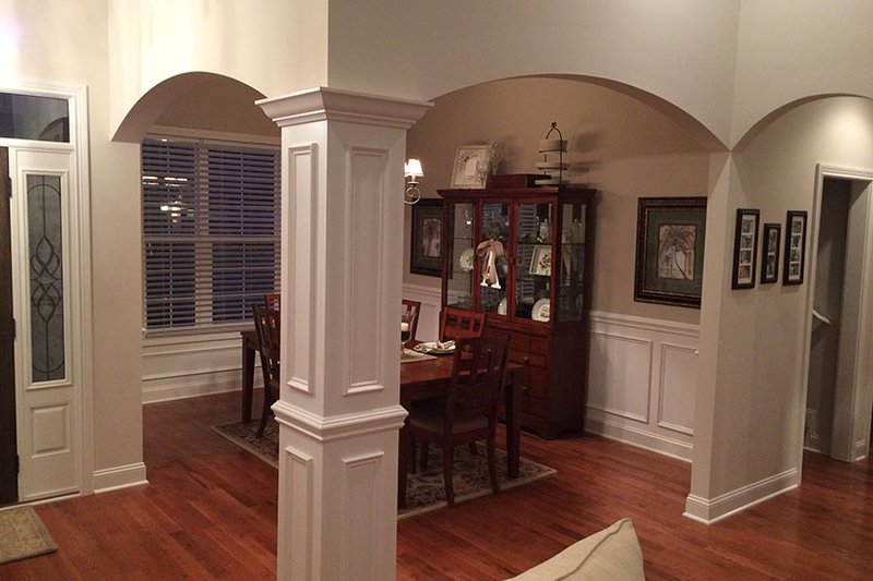 Craftsman Interior - Dining Room Plan #927-566 - Houseplans.com