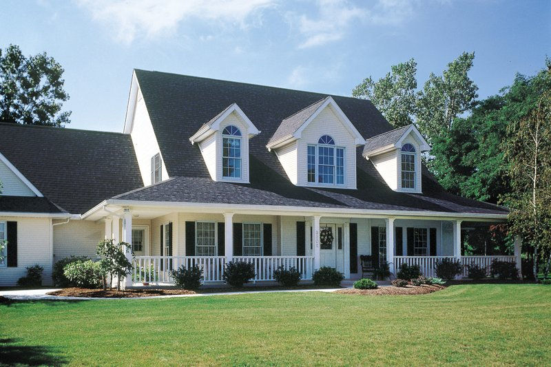 Country Exterior - Front Elevation Plan #929-22 - Houseplans.com