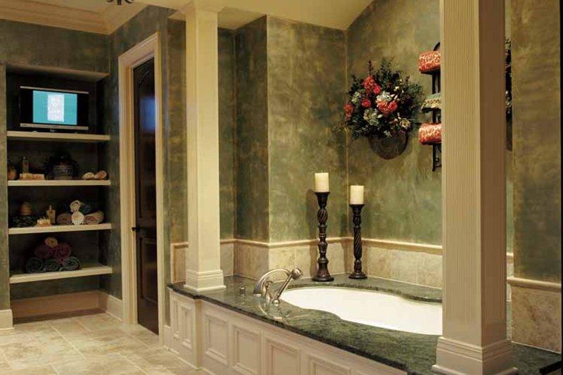 European Interior - Bathroom Plan #46-775 - Houseplans.com