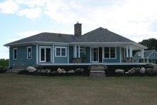 House Design - Ranch Exterior - Rear Elevation Plan #124-472