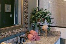 Traditional Interior - Bathroom Plan #927-573