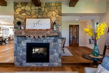 House Plan Design - Family Room Fireplace