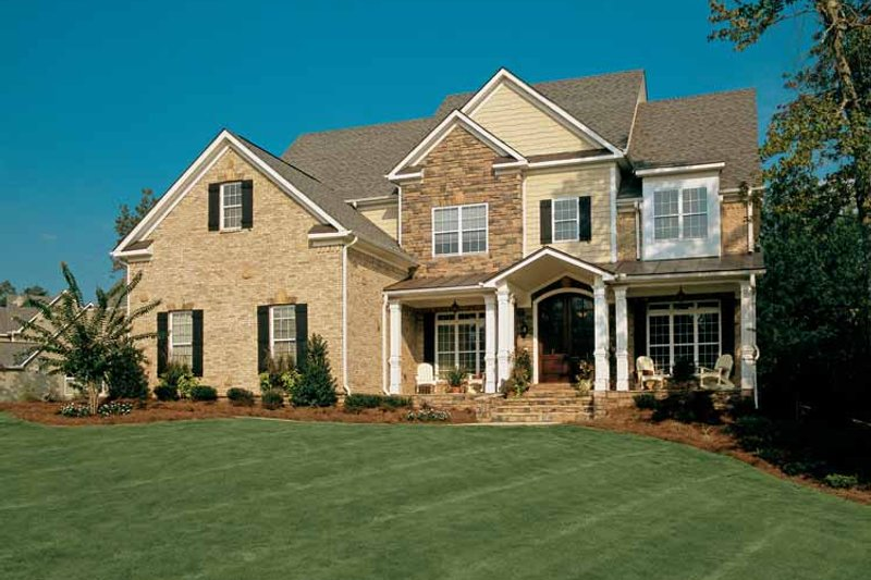 Colonial Exterior - Front Elevation Plan #927-923 - Houseplans.com