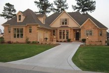 Dream House Plan - Country Exterior - Front Elevation Plan #927-304