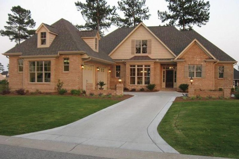 Country Exterior - Front Elevation Plan #927-304 - Houseplans.com