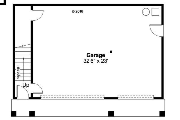 European Floor Plan - Main Floor Plan Plan #124-1037