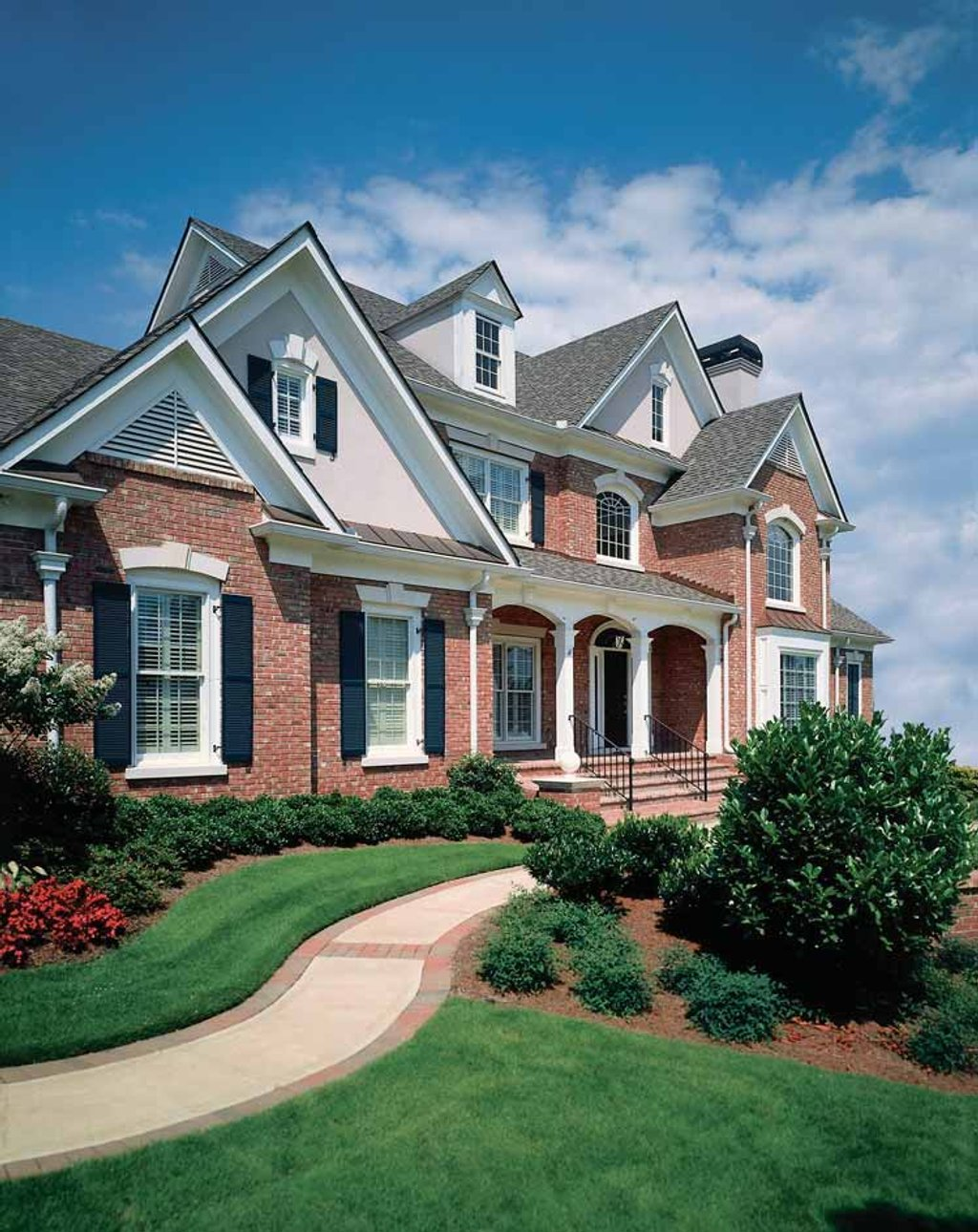 Traditional Exterior Front Elevation Plan 927 176