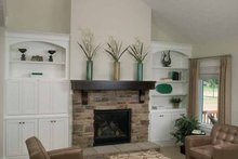 Traditional Interior - Family Room Plan #928-111
