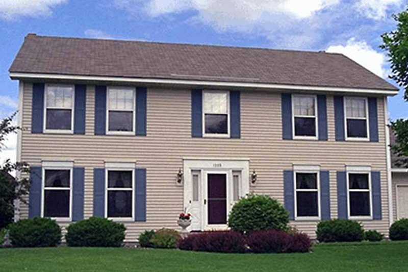 Colonial Exterior - Front Elevation Plan #51-864 - Houseplans.com