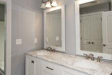 Craftsman Interior - Bathroom Plan #929-986
