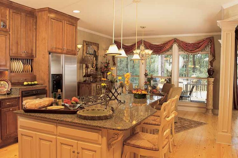 Traditional Interior - Kitchen Plan #37-274 - Houseplans.com