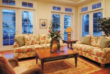 Country Interior - Family Room Plan #930-140