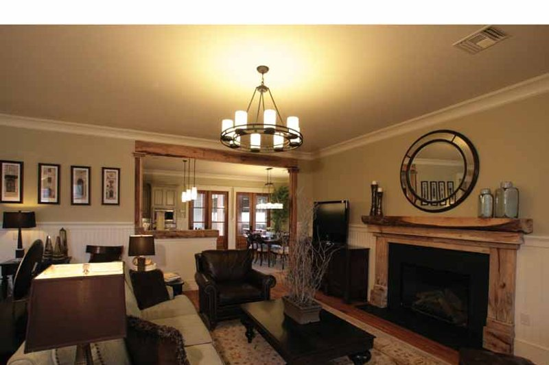 Craftsman Interior - Family Room Plan #37-279 - Houseplans.com