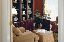 Colonial Interior - Family Room Plan #927-174