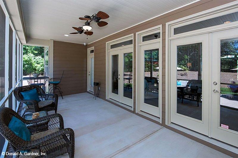 Craftsman Exterior - Covered Porch Plan #929-7 - Houseplans.com