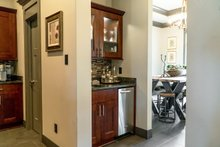 Home Plan - Butler's Pantry Build B