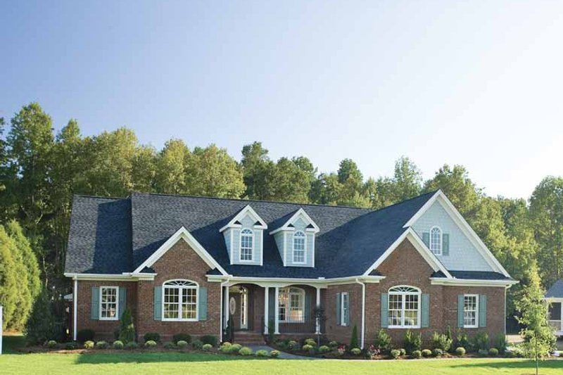 Dream House Plan - Country Exterior - Front Elevation Plan #929-477