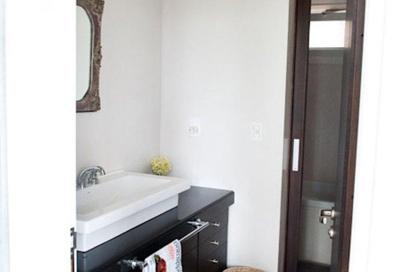 Contemporary Interior - Bathroom Plan #64-304 - Houseplans.com