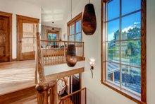 House Plan Design - Prairie Interior - Entry Plan #1042-18