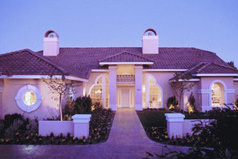 Mediterranean Style House Plan - 4 Beds 3 Baths 3280 Sq/Ft Plan #417-373