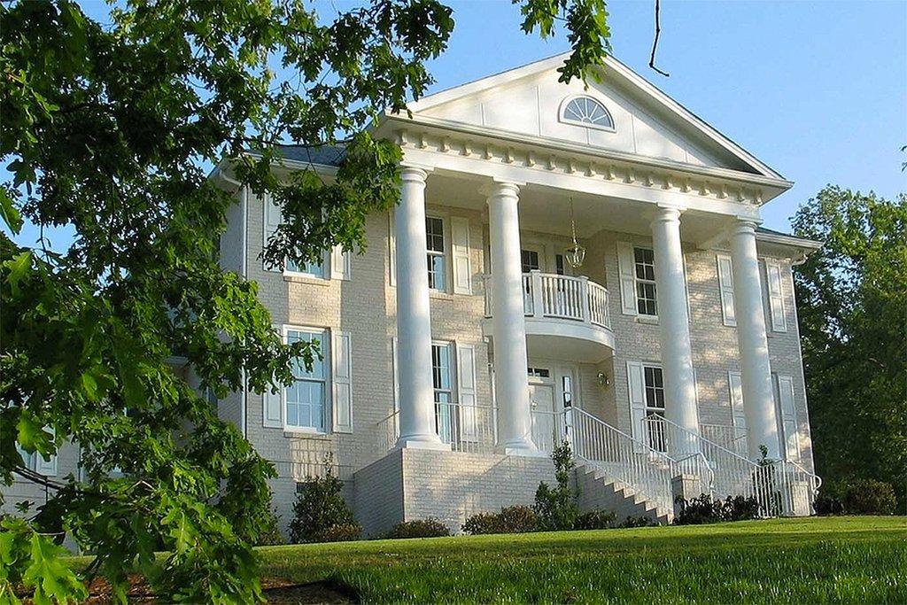 Southern Style House Plan - 4 Beds 3 5 Baths 3270 Sq/Ft Plan #20-341
