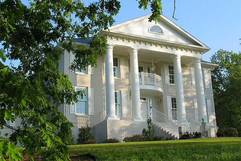 Home Plan - Southern Colonial style home, elevation photo