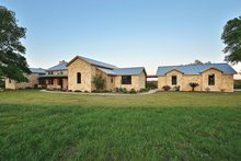 House Plan Design - Country Exterior - Front Elevation Plan #140-171