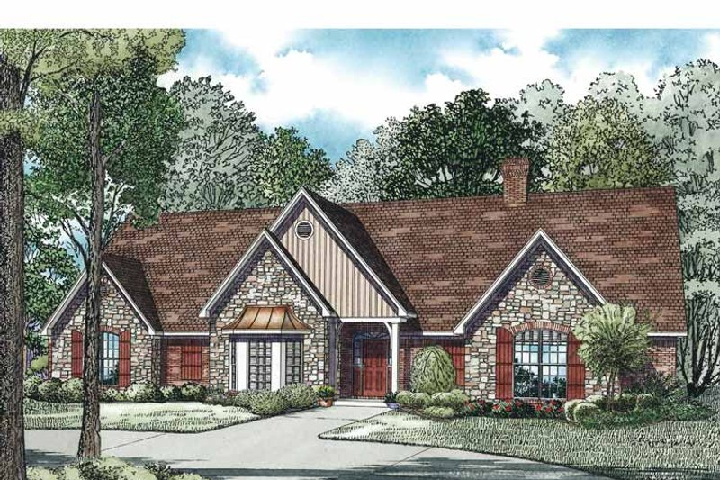 Traditional Exterior - Front Elevation Plan #17-3344 - Houseplans.com