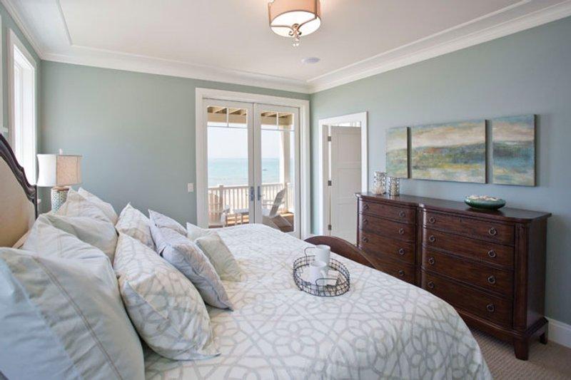 Craftsman Interior - Master Bedroom Plan #928-268 - Houseplans.com