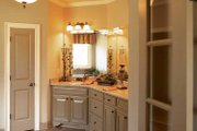 Country Style House Plan - 3 Beds 2.5 Baths 2400 Sq/Ft Plan #927-287 Interior - Bathroom