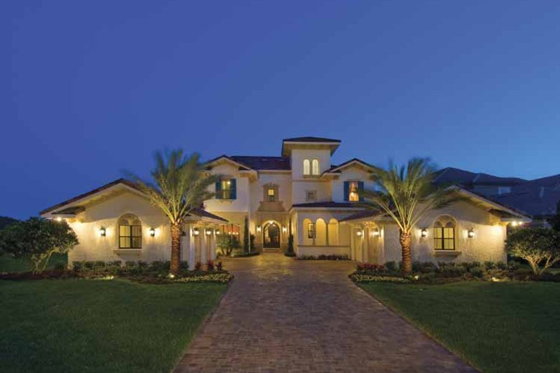 Mediterranean Style House Plan 5 Beds 6 Baths 5552 Sq Ft
