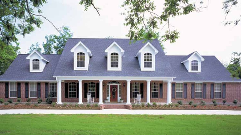 Floor Front Elevation Worship : Country style house plan beds baths sq ft