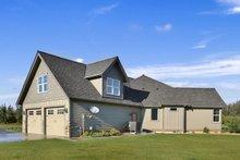 Craftsman Exterior - Covered Porch Plan #1070-15