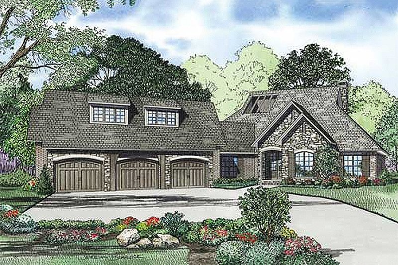 Architectural House Design - Traditional Exterior - Front Elevation Plan #17-2385