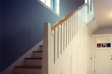 House Plan Design - Craftsman Interior - Entry Plan #961-2