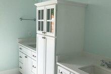 Craftsman Interior - Master Bathroom Plan #437-76