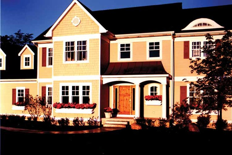 Traditional Exterior - Front Elevation Plan #928-46