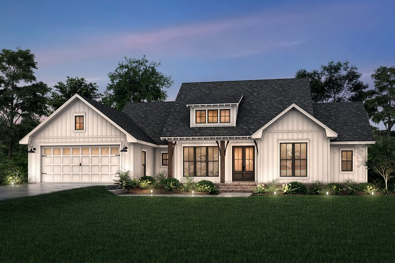 Dream House Plan - Farmhouse Exterior - Front Elevation Plan #430-245