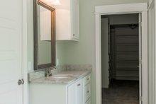 Craftsman Interior - Master Bathroom Plan #430-157