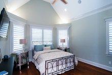 Craftsman Interior - Master Bedroom Plan #929-905