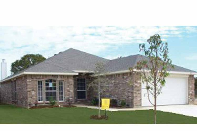 Home Plan - Traditional Exterior - Front Elevation Plan #84-689