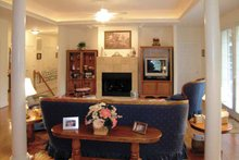 Ranch Interior - Family Room Plan #314-219