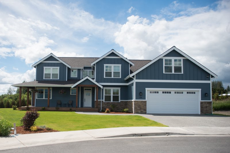 Home Plan - Contemporary Exterior - Front Elevation Plan #1070-82