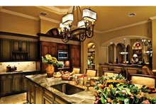 Mediterranean Interior - Kitchen Plan #930-440