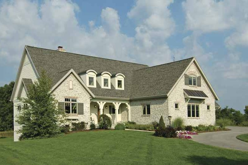 Cottage Exterior - Front Elevation Plan #928-52 - Houseplans.com