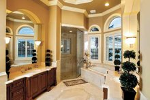 House Plan Design - Mediterranean Interior - Bathroom Plan #1017-14