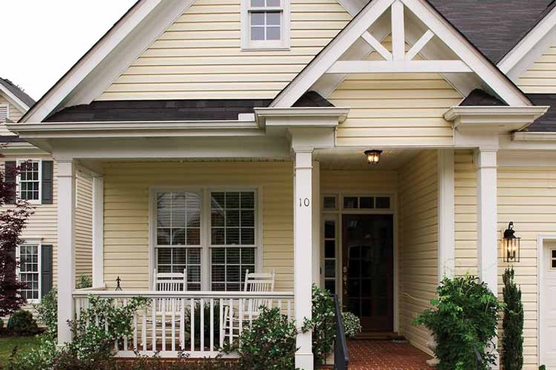 Victorian Exterior - Front Elevation Plan #929-557 - Houseplans.com