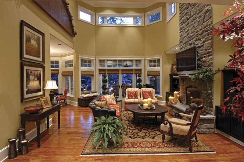 Country Interior - Family Room Plan #132-483 - Houseplans.com