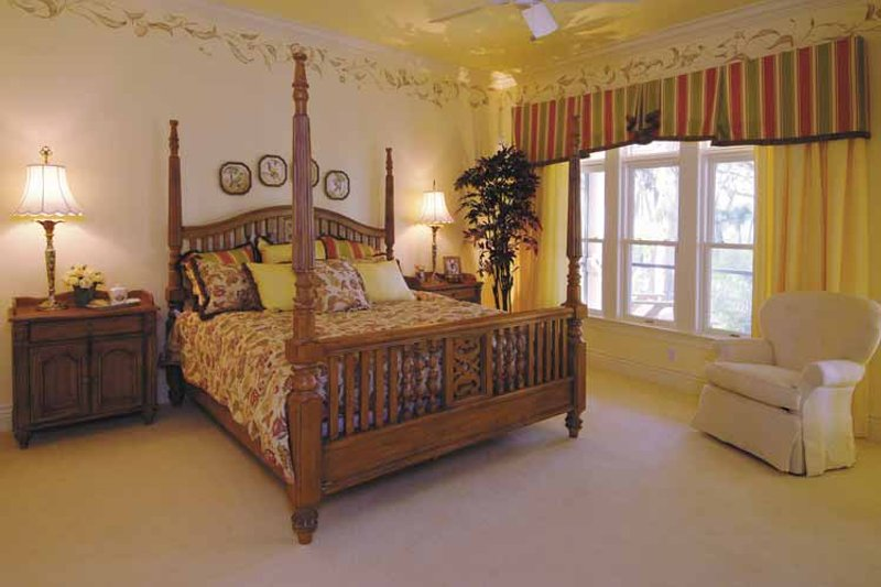 Ranch Interior - Master Bedroom Plan #930-232 - Houseplans.com