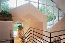 Contemporary Interior - Entry Plan #1039-4